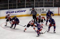 ренджеры островитянин льда хоккея игры x Стоковая Фотография