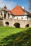 Ренессанс и барочный замок на холме в nicz› Nowy WiÅ, меньшей Польше, Польше стоковое изображение