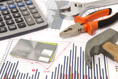 реновация молотка графиков кредита карточки Стоковая Фотография RF
