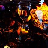 Ресторан выпивает хорошую древесину воды еды Стоковая Фотография