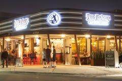 Ресторан в пляже Pompano, Флориде стоковые фотографии rf
