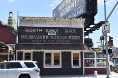 Ресторан в таком же положении, 1 ` s Сан-Франциско самый старый непрерывный стоковые фотографии rf