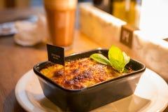 Ресторан Германии Берлина итальянский, итальянский ресторан шведского стола, большая еда, макаронные изделия Стоковое Фото
