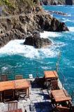 Ресторан на seashore, Италия Стоковые Фотографии RF
