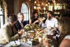 Ресторан охлаждая вне концепцию первоклассного образа жизни сдержанно Стоковое фото RF