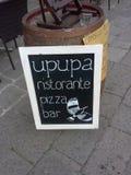 Ресторан подписывает внутри Венецию Стоковые Изображения