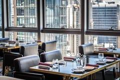 Ресторан сервировки стола точный обедая Стоковые Фотографии RF