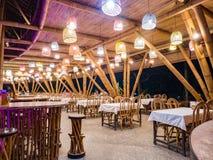 Ресторан Kapal Bambu в Ecolodge Bukit Lawang, Индонезии Стоковая Фотография RF
