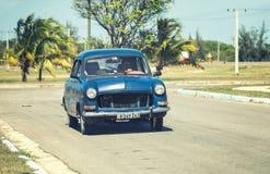 Ретро автомобиль на улице курорта Варадеро стоковые фото