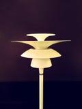 Ретро лампа пола стиля стоковое изображение