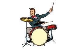 Ретро барабанщик за набором бесплатная иллюстрация