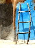 Ретро лестница стены Стоковая Фотография RF