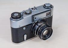 Ретро камера фото на деревянном столе Стоковые Фото