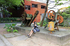 Ретро машина в redtory творческом саде, Гуанчжоу, фарфоре Стоковая Фотография RF