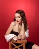 Ретро портрет красивой девушки стоковые фотографии rf
