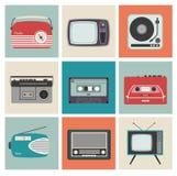 Ретро радио, TV и другая радиотехническая аппаратура Стоковое фото RF