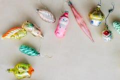 Ретро рождество и новое year& x27; игрушки s стоковые изображения