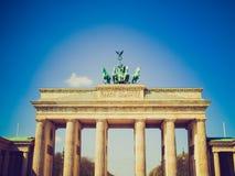 Ретро скалистая вершина Brandenburger взгляда, Берлин Стоковое фото RF