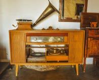 Ретро старое радио патефона стоковое фото