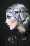 Ретро стилизованное фото красивой молодой женщины Стоковые Изображения RF