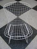 Ретро стул на черно-белом checkered поле Стоковые Фото