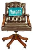 Ретро стул офиса при знак вакантной работы изолированный на белизне Стоковые Фото