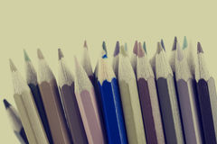 Ретро тонизированное изображение покрашенных crayons карандаша Стоковые Фото