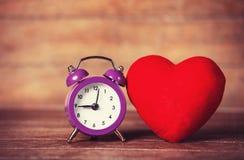 Ретро форма будильника и сердца Стоковое Изображение