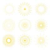 Ретро формы взрыва Солнця Винтажный логотип starburst, ярлыки, значки Стоковое фото RF