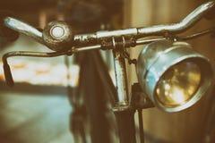 Ретро черный велосипед Старый винтажный велосипед Стоковые Фото