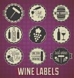 Ретро ярлыки и значки вина стиля иллюстрация штока