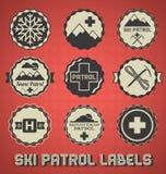 Ретро ярлыки и значки патруля лыжи иллюстрация вектора