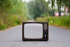 Ретро TV на дороге Стоковое Изображение RF