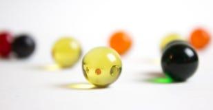 Рефракция в желтом мраморе Стоковая Фотография