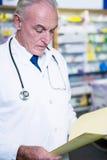 Рецепты чтения аптекаря Стоковые Изображения