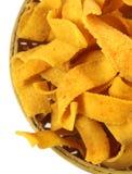 Рецепт trditional bakoda ленты индийский в бамбуковой корзине Стоковое Изображение RF