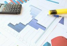 Рецессия, торможение и рост в гистограмме Стоковая Фотография