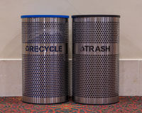 Рециркулируйте и мусорные ведра Стоковое Изображение RF