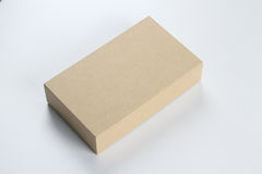 Рециркулируйте пустую картонную коробку для модель-макета Стоковые Фото