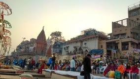 Речной берег Ganga в Варанаси стоковые изображения rf