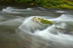 Речные пороги на реке Стоковая Фотография
