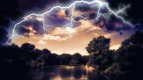 Решающее сражение молнии стоковое фото rf