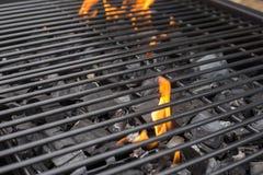 Решетка гриля барбекю BBQ, огонь, уголь Стоковые Изображения