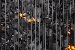 Решетка гриля барбекю BBQ, огонь, уголь Стоковое Изображение RF