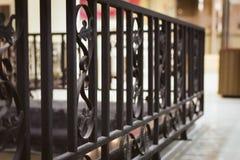 решетка утюга строба загородки большого кирпича декоративная стоковое изображение rf
