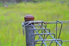 решетка утюга строба загородки большого кирпича декоративная Стоковая Фотография
