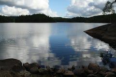 Релаксация на озере Стоковые Изображения RF