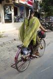 Редакционное иллюстративное изображение Транспорт цикла в Индии Стоковое Изображение