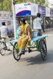 Редакционное иллюстративное изображение Транспорт цикла в Индии Стоковое Фото