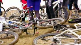 редакционо Профессиональные велосипеды на том основании акции видеоматериалы
